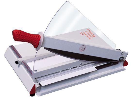 нож для обрезки фотографий