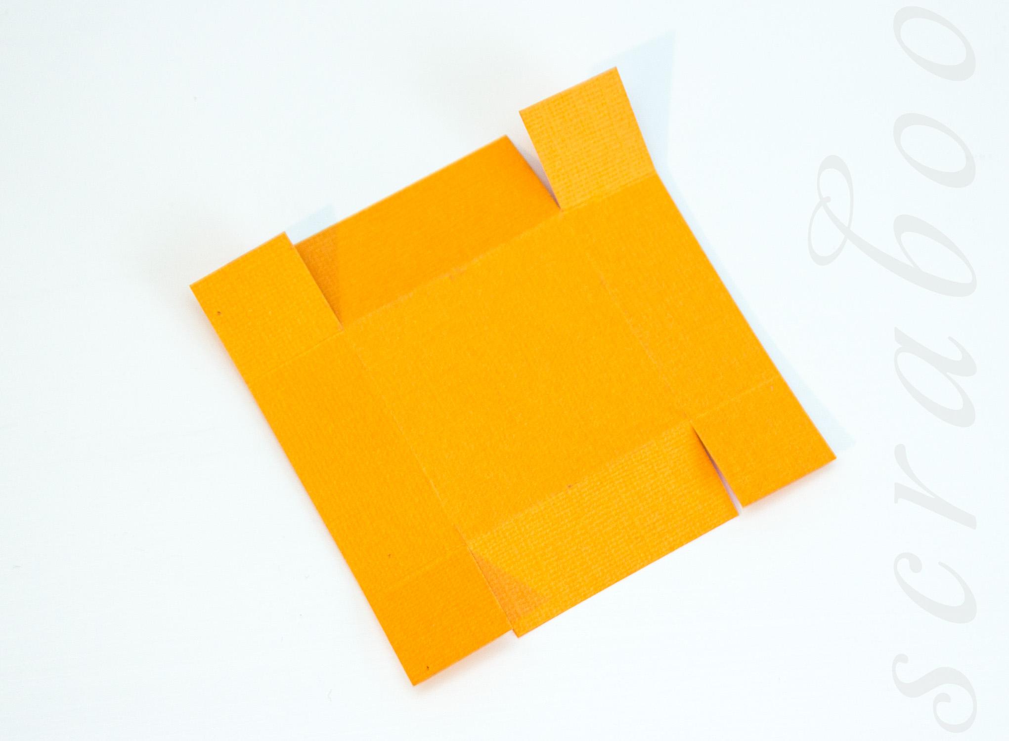 Крышка для коробочки из бумаги. Скрапбукинг