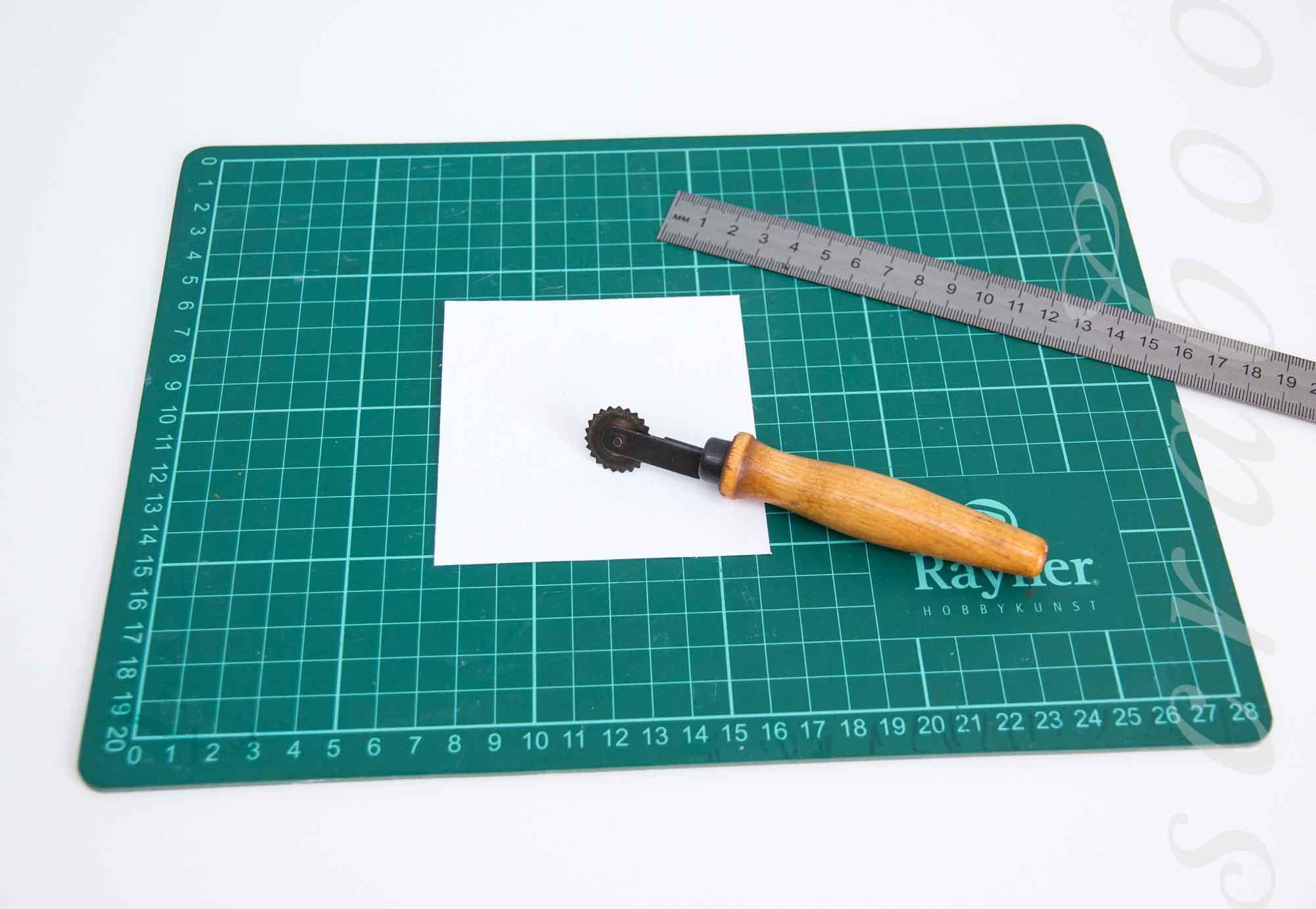 Имитация швейной строчки