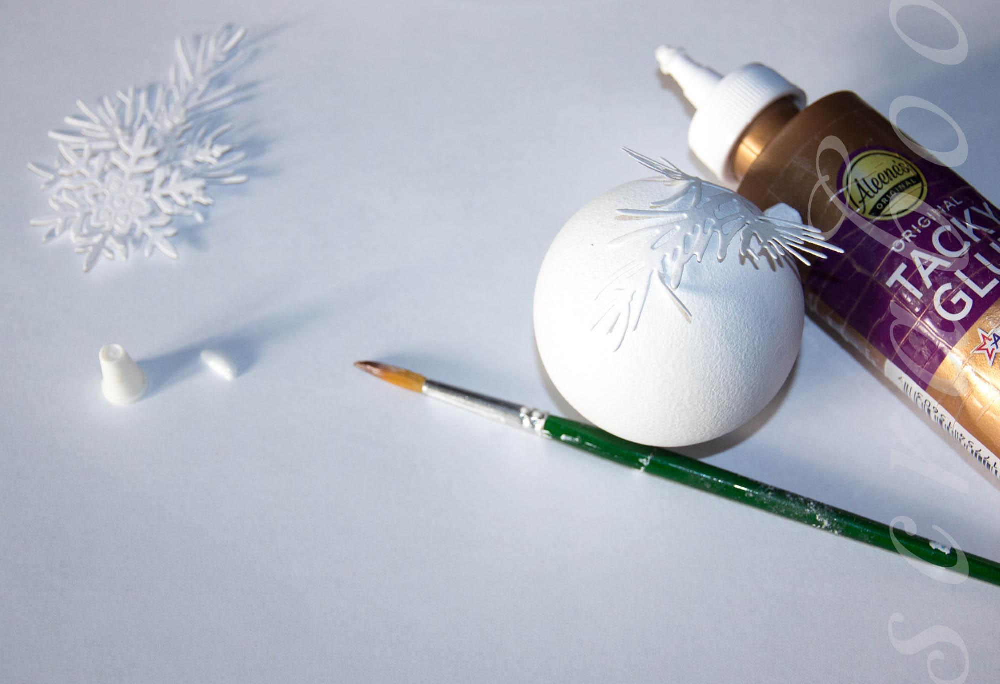 Новогодняя игрушка на елку